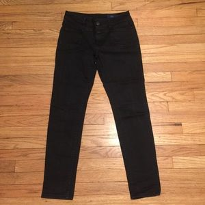 Closed black skinny leg jeans - sz 26